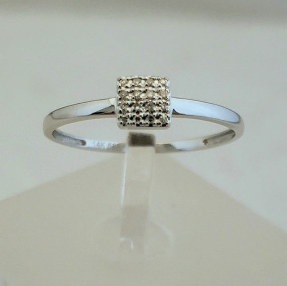 HOST PICK! Delicate 14k White Gold & Diamonds Ring
